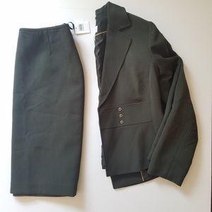Calvin Klein Skirt-Suit